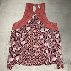 Tank with lace & flowers